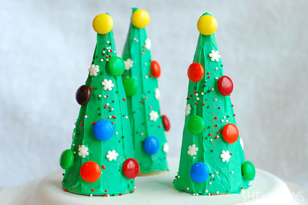 candy-christmas-tree-cone-4